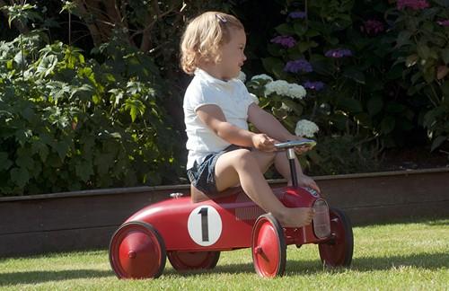 Retro Roller  loopauto rood James-3