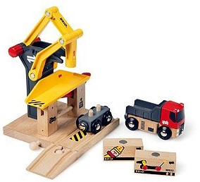 Brio Holz Eisenbahn Gebäude Frachtverladestation 33280