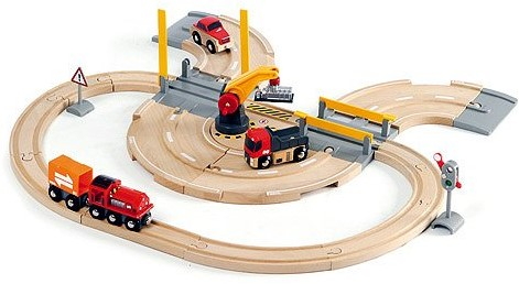 Brio Holz Eisenbahn Set BRIO Straßen und Schienen Kran Set 33208