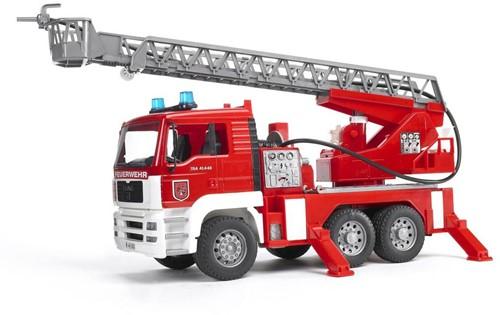 BRUDER MAN Fire engine with selwing ladder Spielzeugfahrzeug